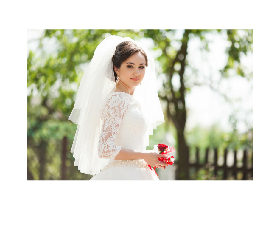 wedding trends 2018. lace wedding gown. bride dress. The Event Cottage. Goodshuffle.