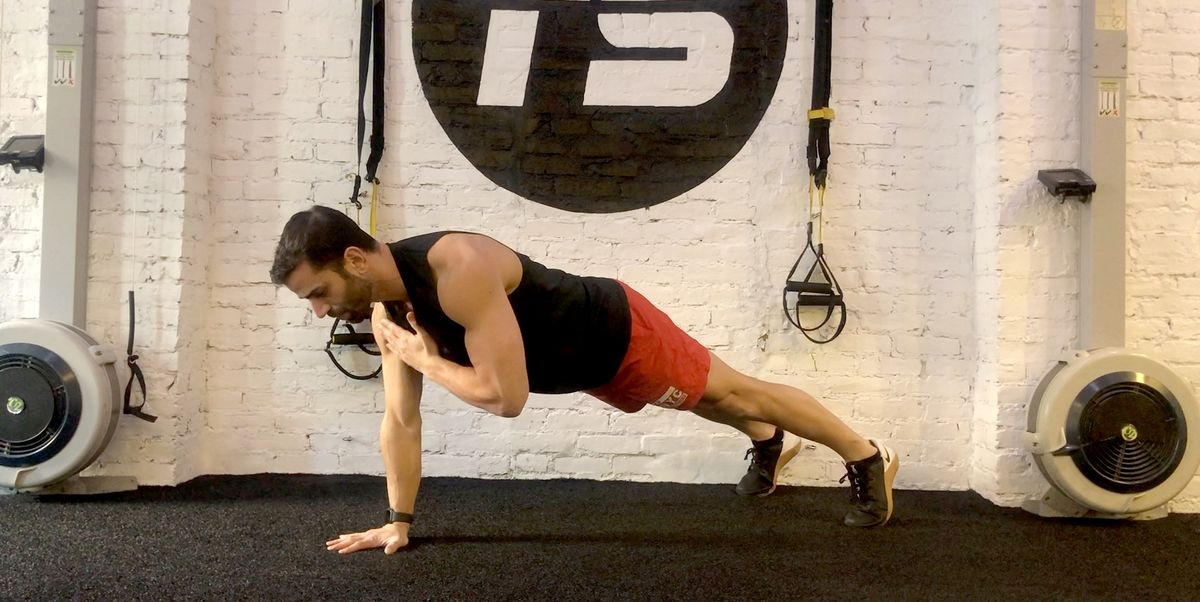 This Bodyweight Ab Workout Is So Quick and Easy, You Can Do It Every Day