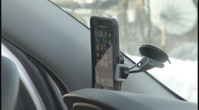 New hands-free driving bill goes into effect in Massachusetts this Sunday
