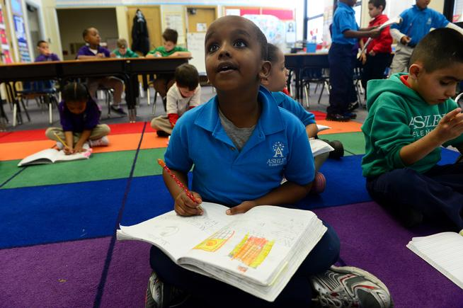 A new study says textbooks might not be key to boosting student learning