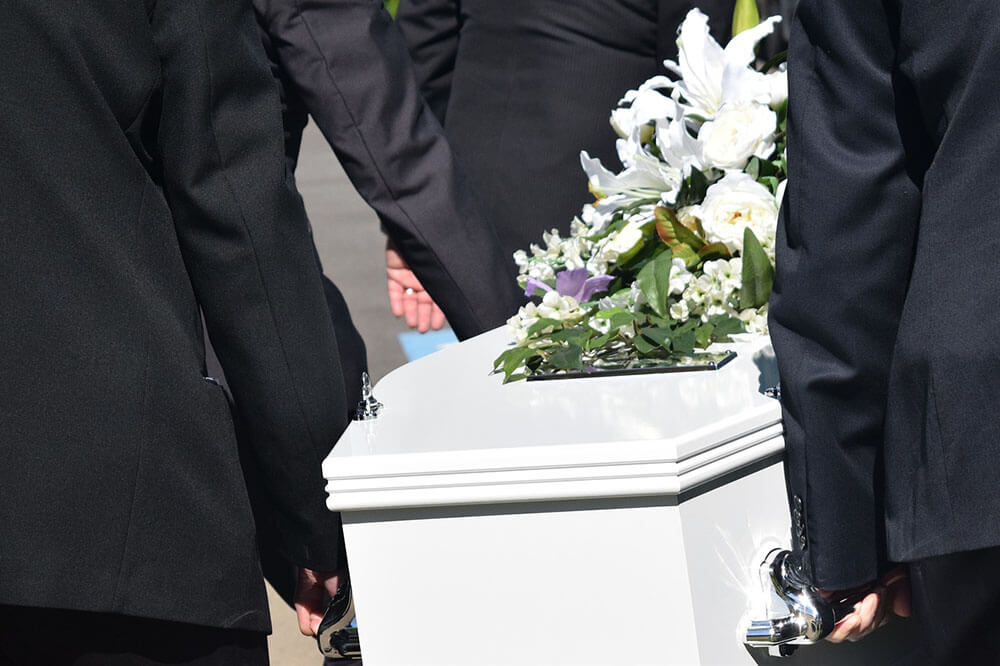 How a Personal Injury Lawyer Can Help a Grieving Family