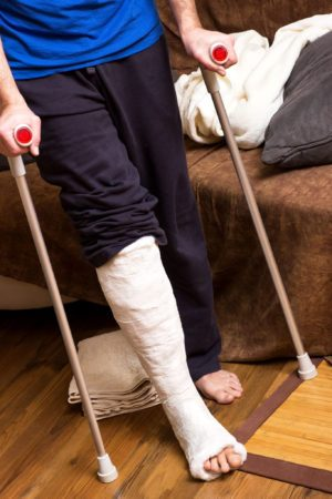 How To Safely Use Crutches