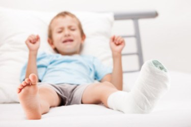 5 Ways To Treat Child Foot Injuries Without Painkillers