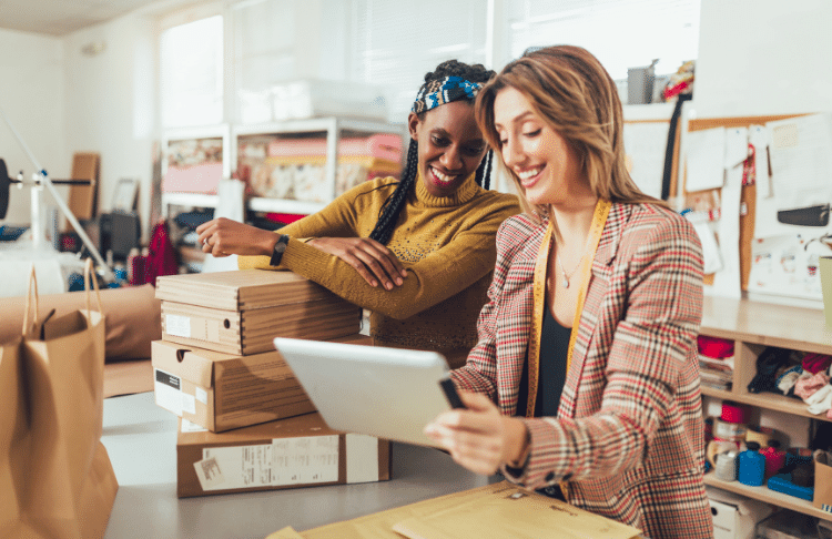 12 Simple Ways Small Businesses Can Compete with Big Businesses