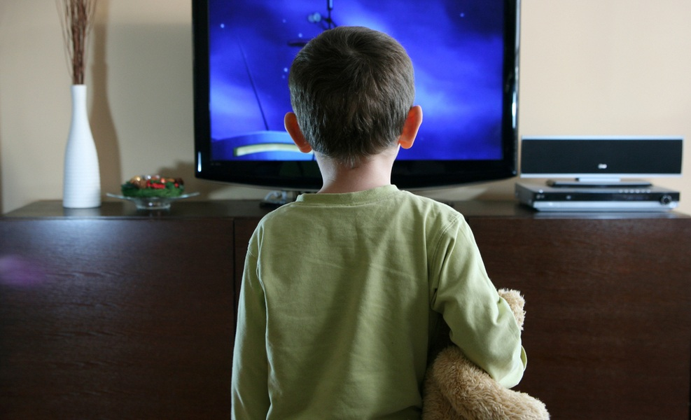 New Study Confirms Kids Watching Television Stresses Parents - Mothering