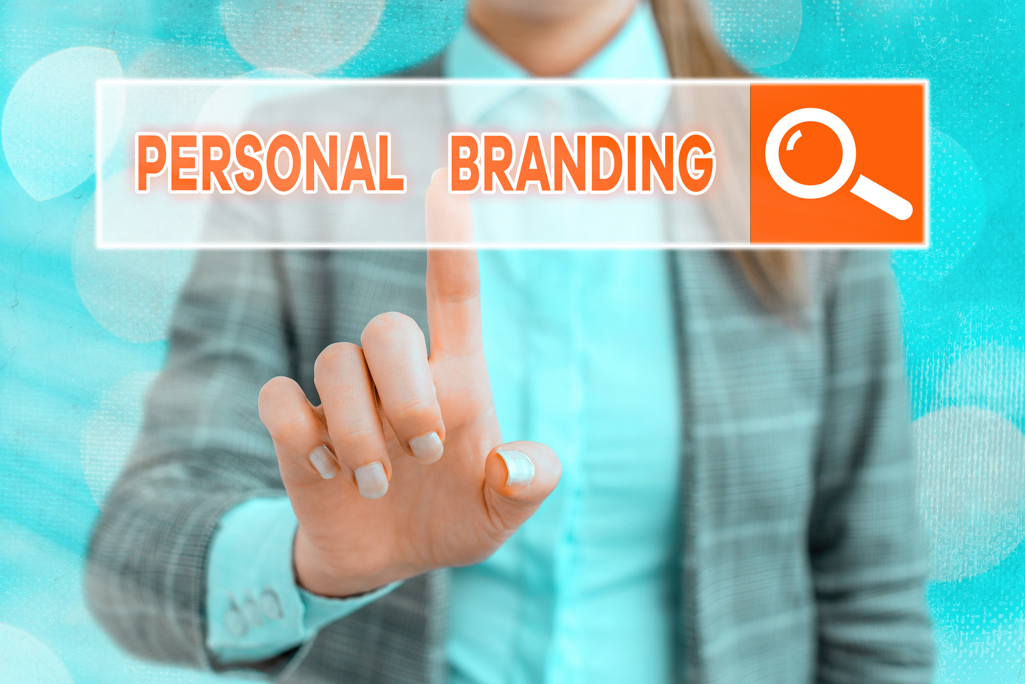 5 Pillars to Develop a Personal Brand Strategy that Ignites Authority and Influence