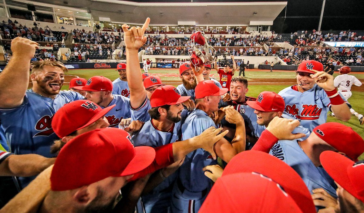 Ole Miss rolls through Jacksonville State, advances to first super regional since 2014