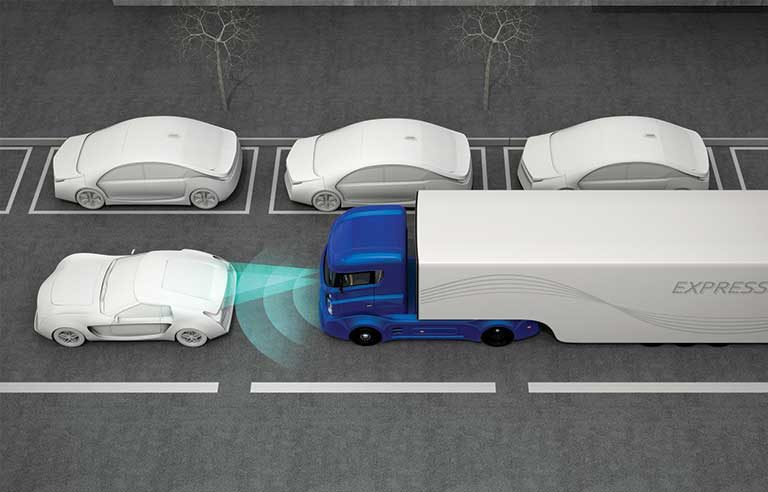 House lawmakers call for automatic emergency braking on new commercial trucks, buses
