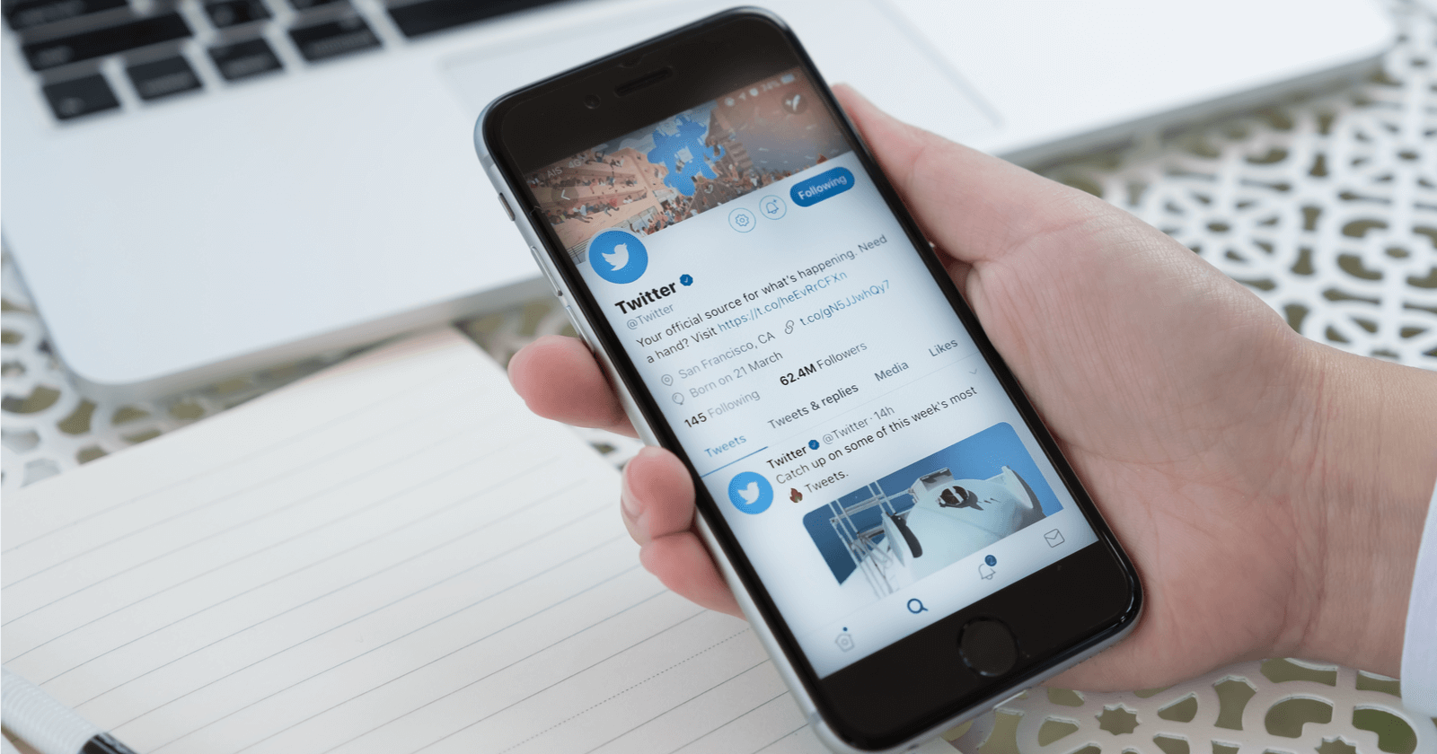 Brands on Twitter can now hide replies to tweets - Marketing Land
