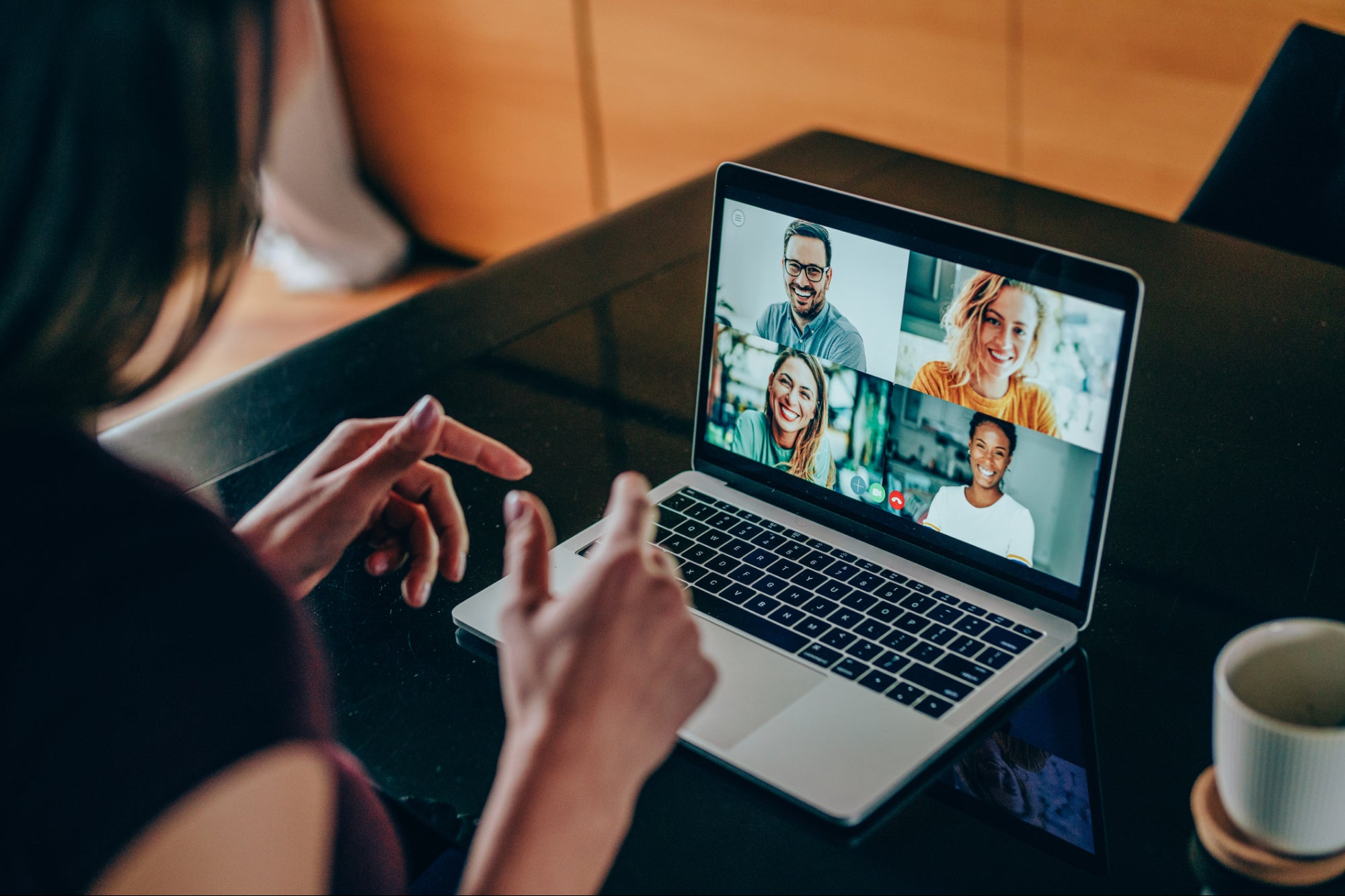 How to Keep Your Team Engaged During Virtual Meetings