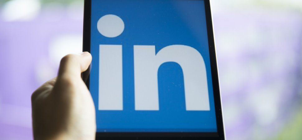5 Ways to Help Your Employees Shine on LinkedIn While Elevating Your Own Brand