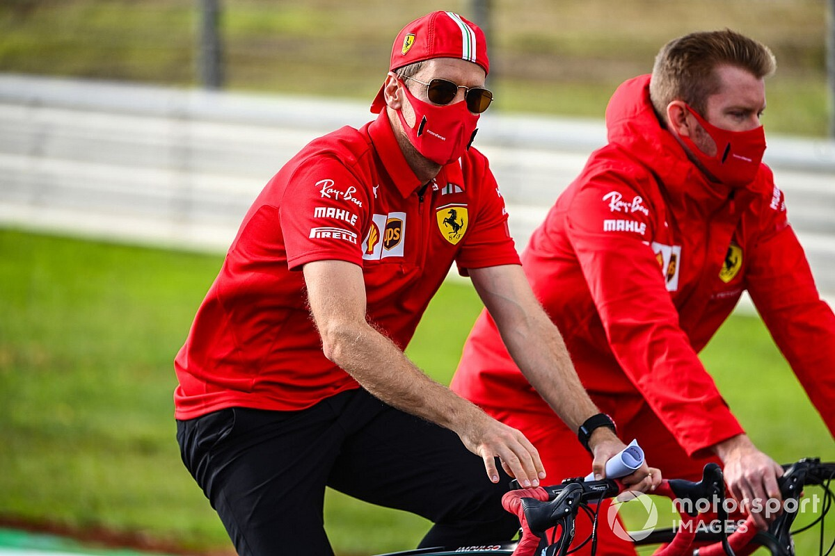 Safety car unlapping requirement 'embarrassing' - Vettel