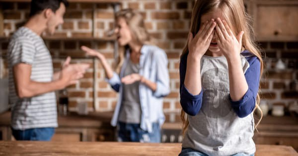 5 Toxic Parenting Mistakes You Must Avoid at all Costs