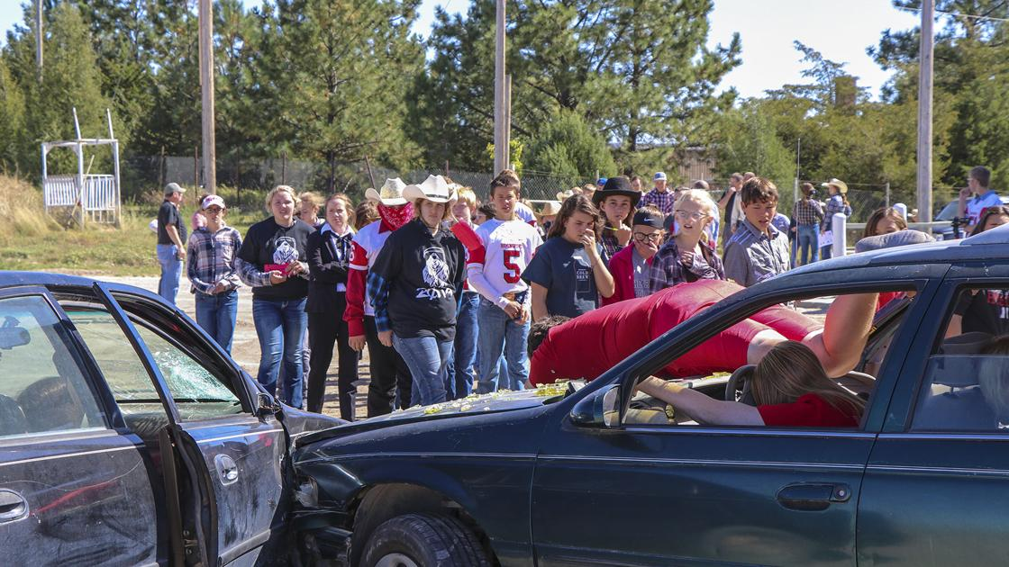 Grim Reaper shows students the dangers of drunk, distracted driving