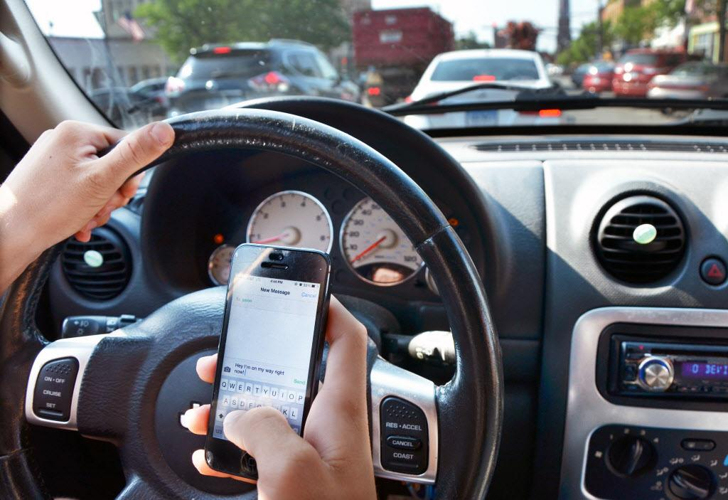 That text message can wait. A Houston trauma surgeon urges drivers to stop looking at their phones to save lives on the road. [Opinion]