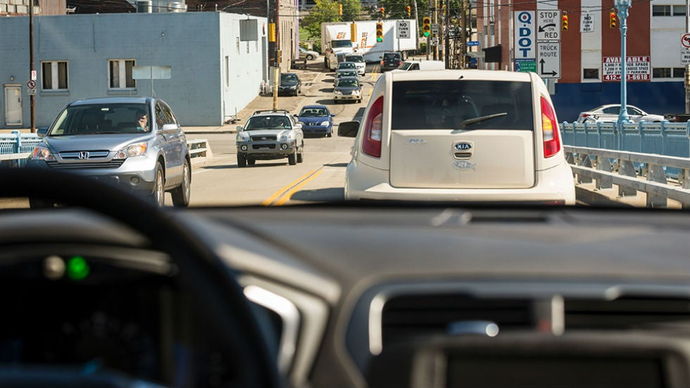 Wheels begin to turn on self-driving car legislation