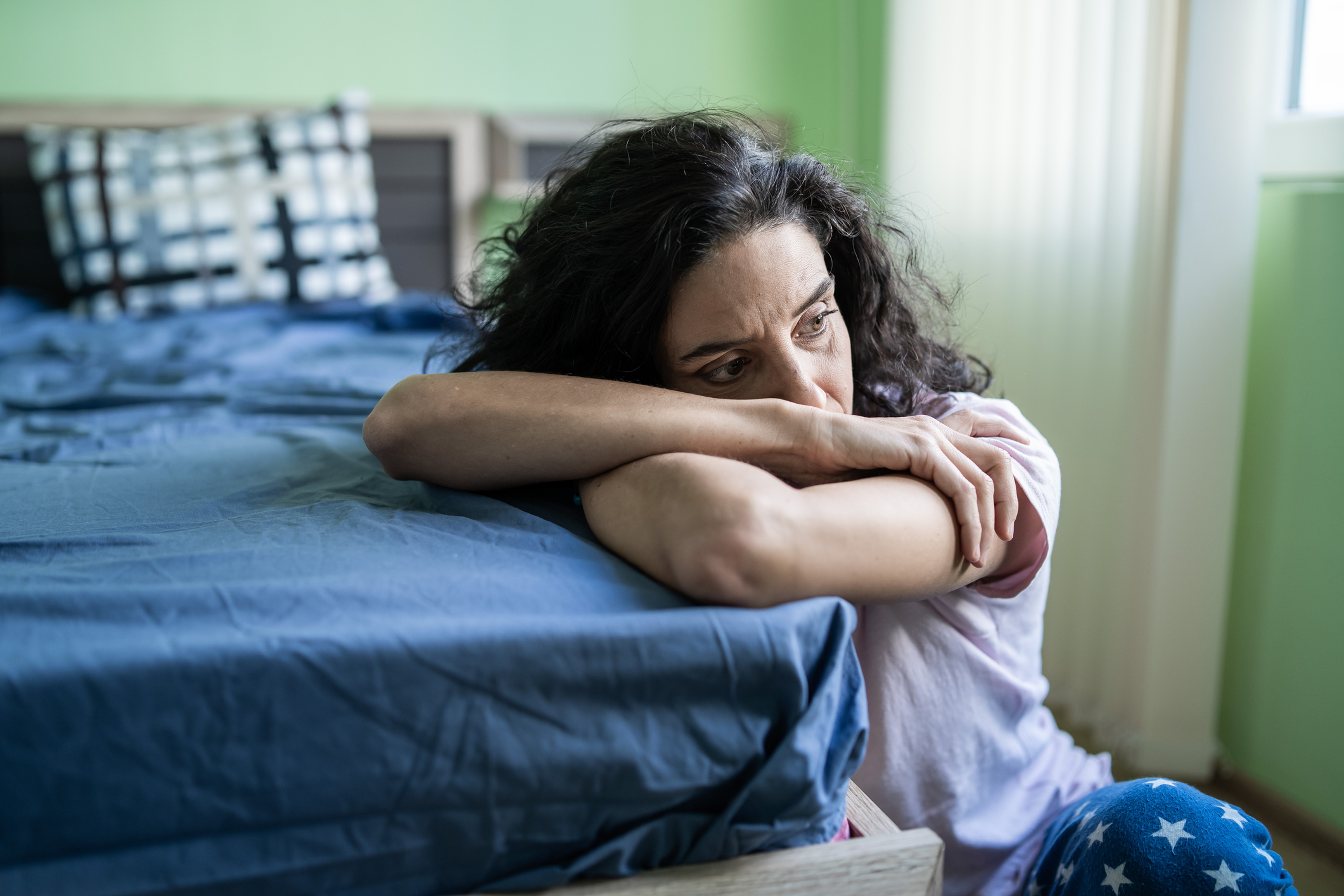 Chronic Pain for Women Is Real   HealthyWomen
