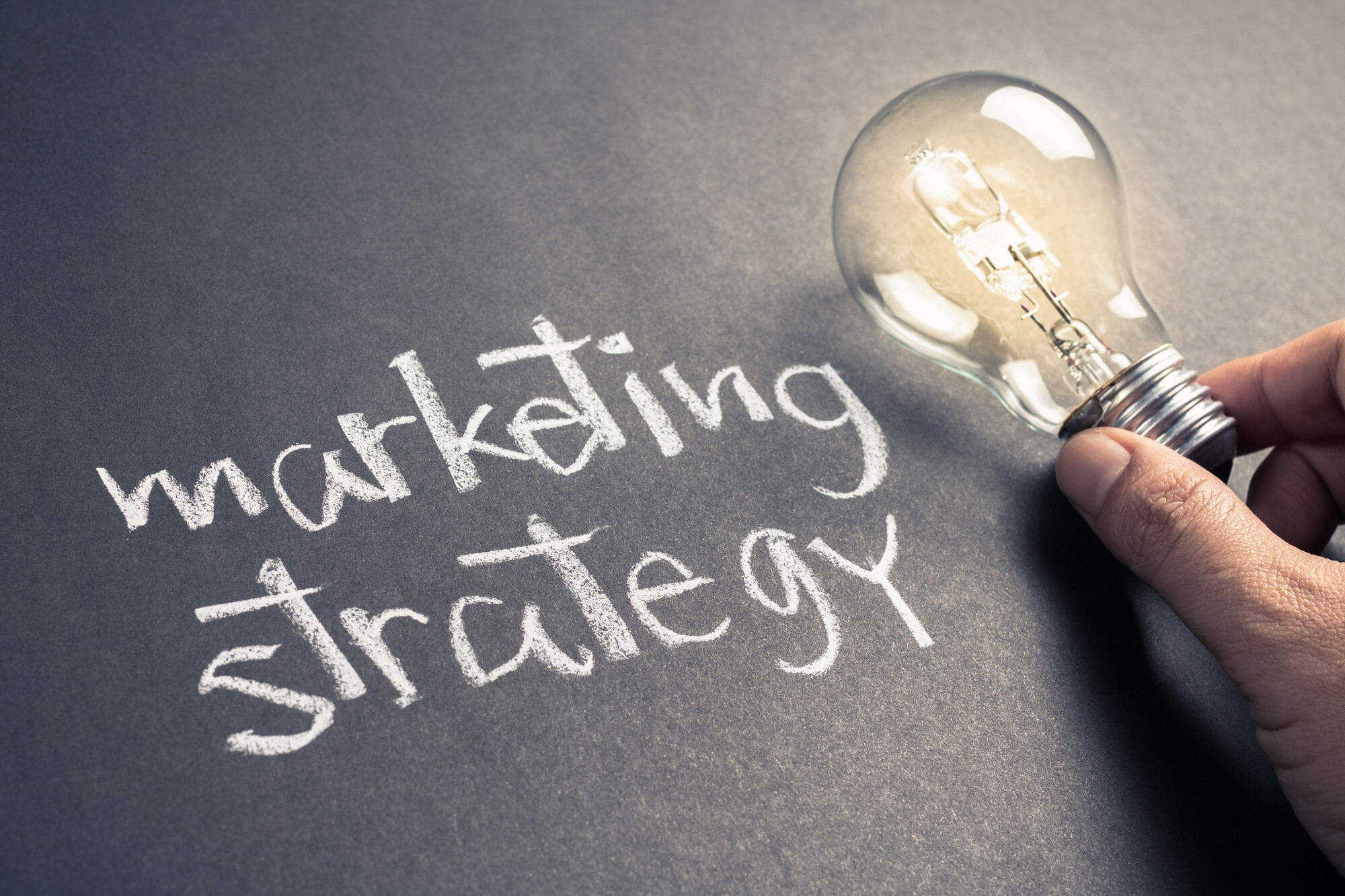 4 Tips on Building a Digital Marketing Strategy for Small Businesses - Yoav Tchelet
