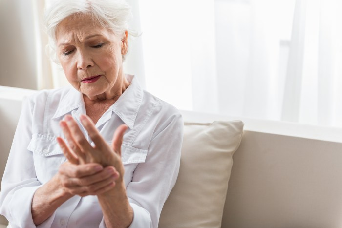 Why Arthritis Patients Need Balanced Pain Management