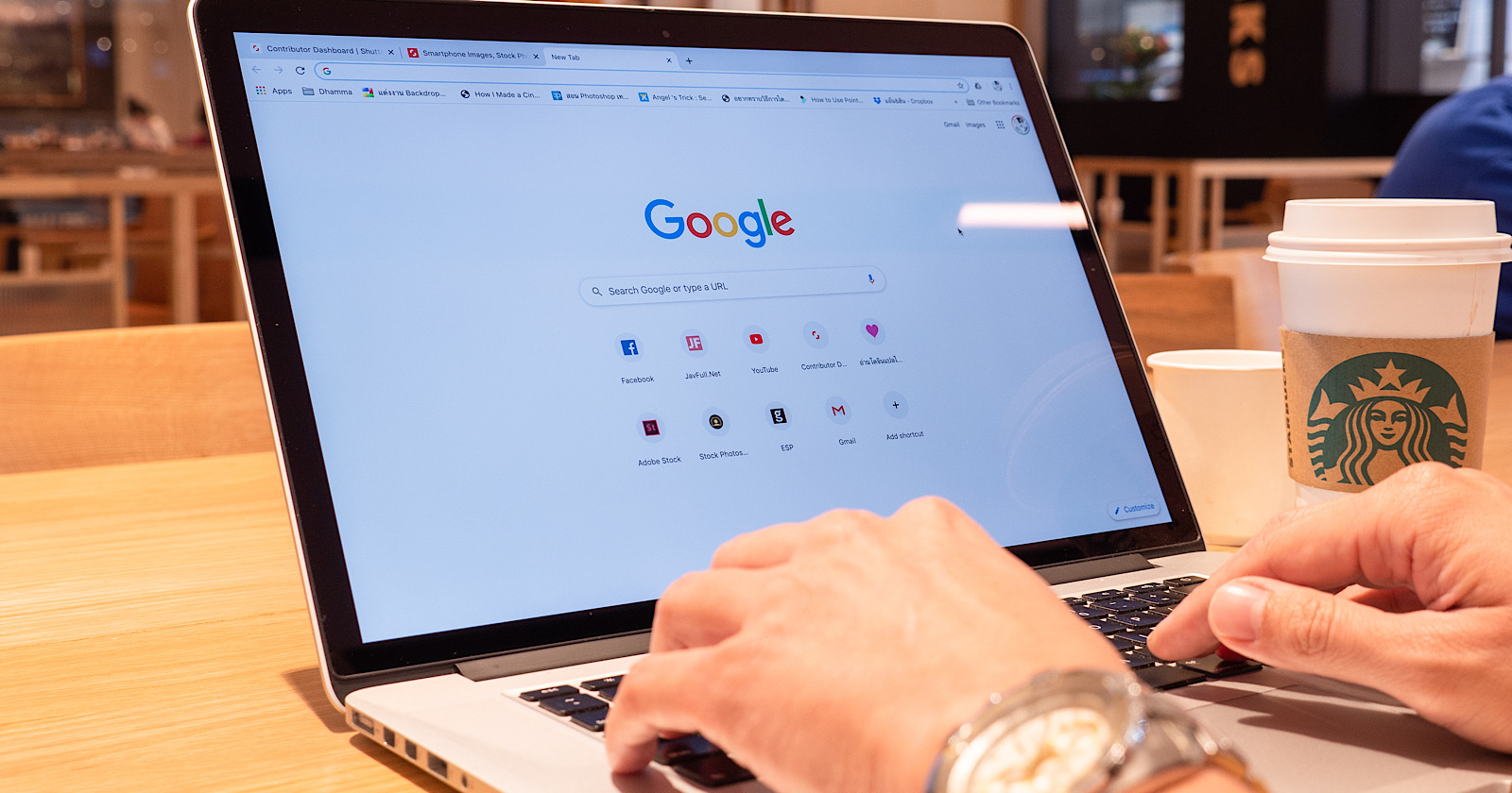 Google Search 101: How the Knowledge Graph Works