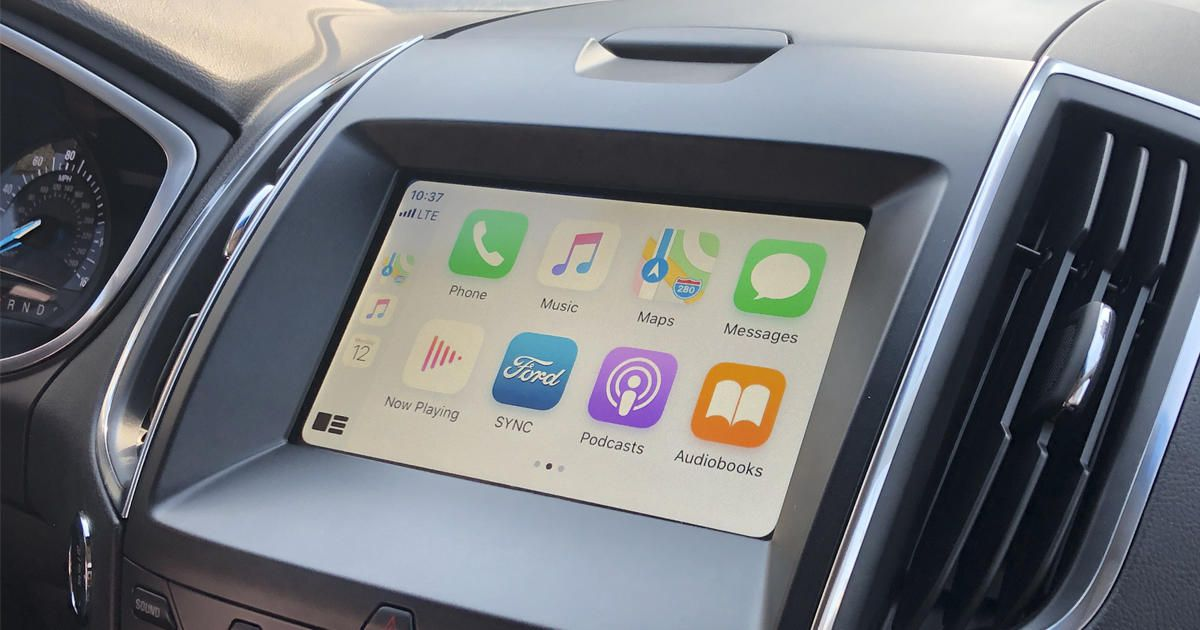 Apple CarPlay, Android Auto distract drivers more than pot, alcohol, says study - Roadshow
