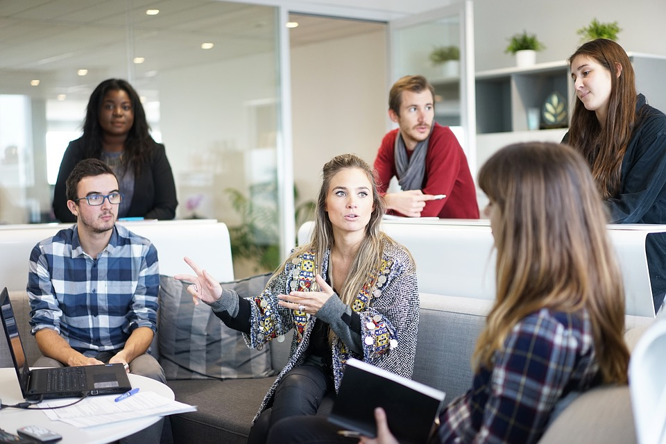 Why Advocacy Marketing Must Include Employees