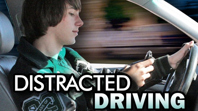 Indiana safety officials support stricter laws on distracted driving