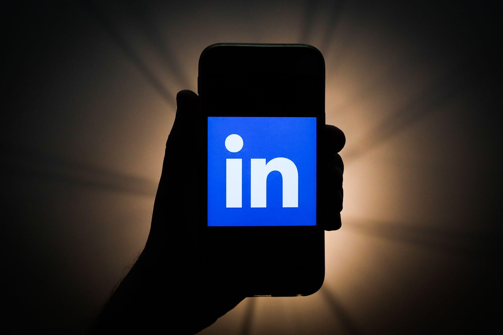3 Easy Steps for Sparking Engagement On LinkedIn