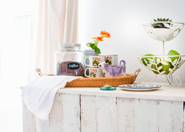 What to Bring to a Temporary Living Space and How to Organize It