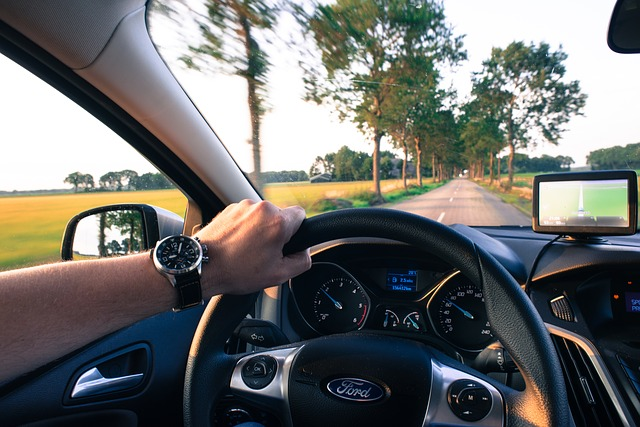 How to Avoid Accidents While Driving