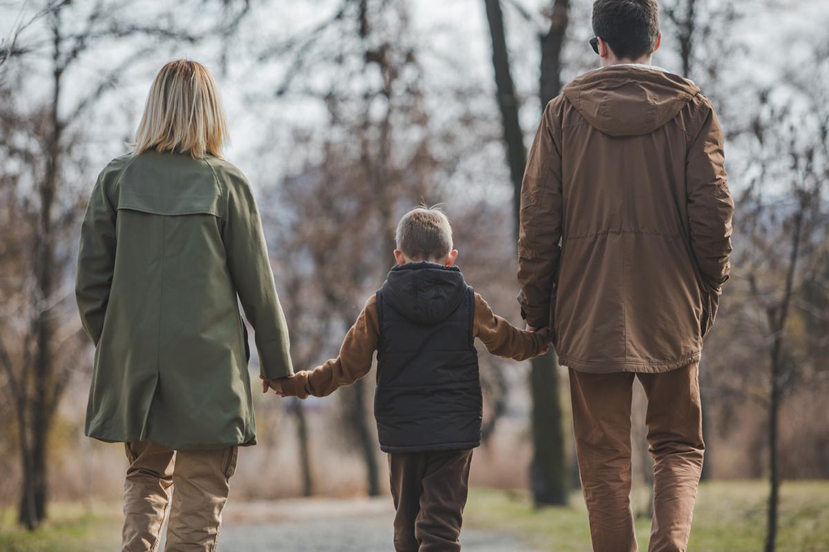 Organizing foster parents