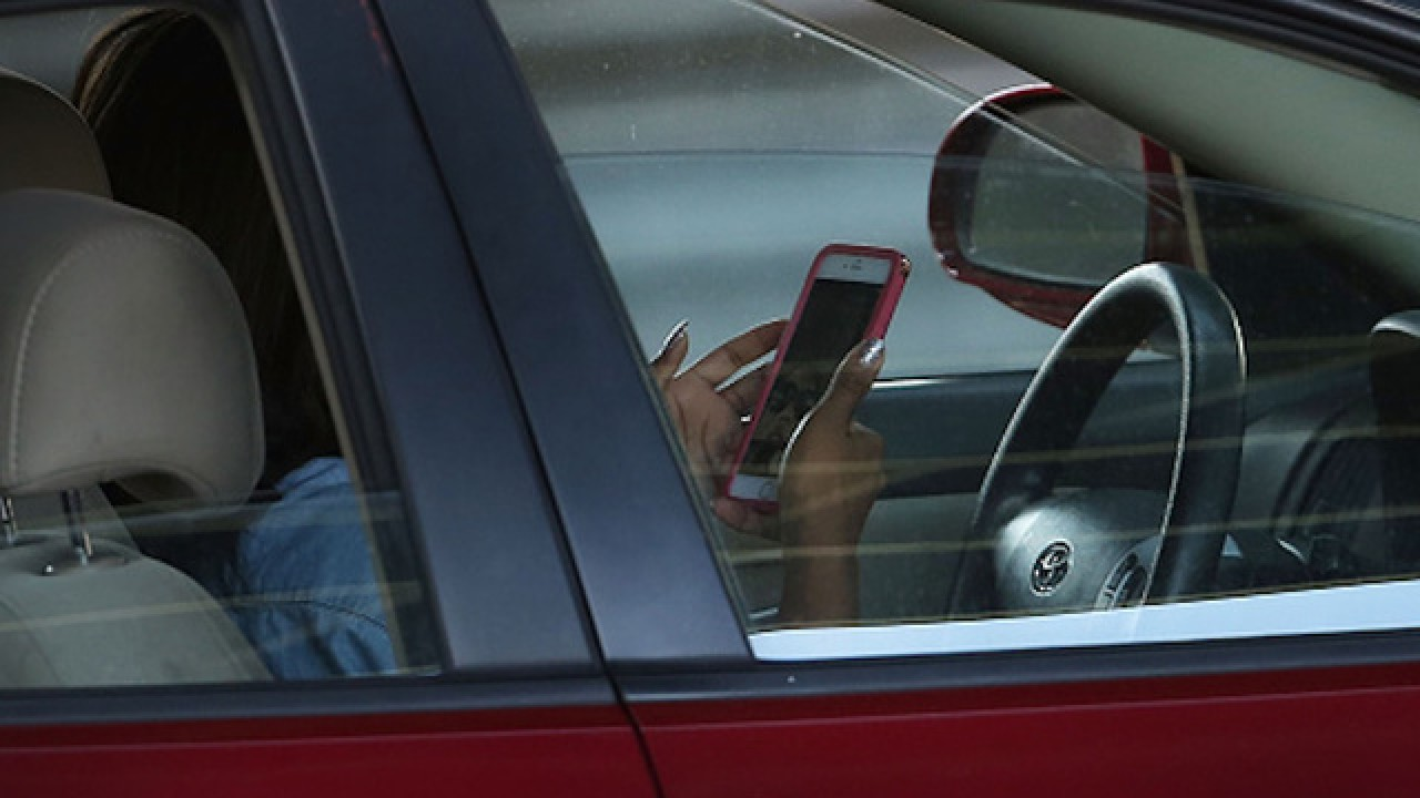Pinellas County Sheriff's Office stepping up patrols on texting and driving in school zones