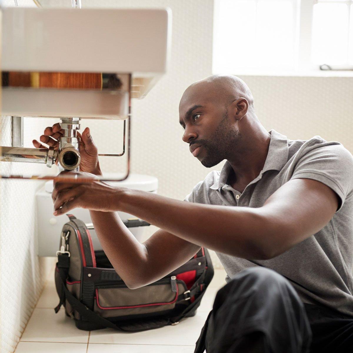 9 Bathroom Plumbing Mistakes to Avoid