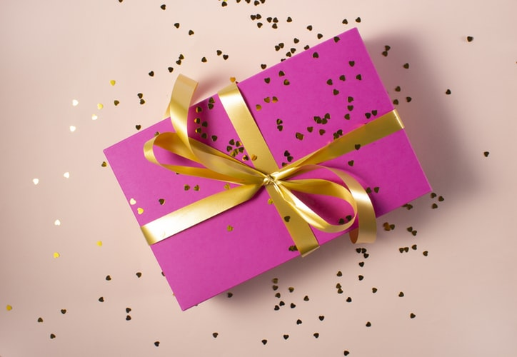 4 Giveaway Ideas to Improve Customer Loyalty