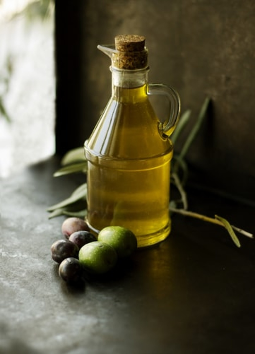 Why You Should Replace Your Oils at Home with Olive Oil