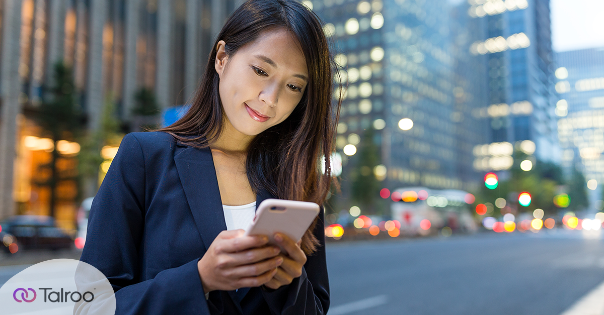 How Text Messaging Works to Engage Candidates in Financial Services