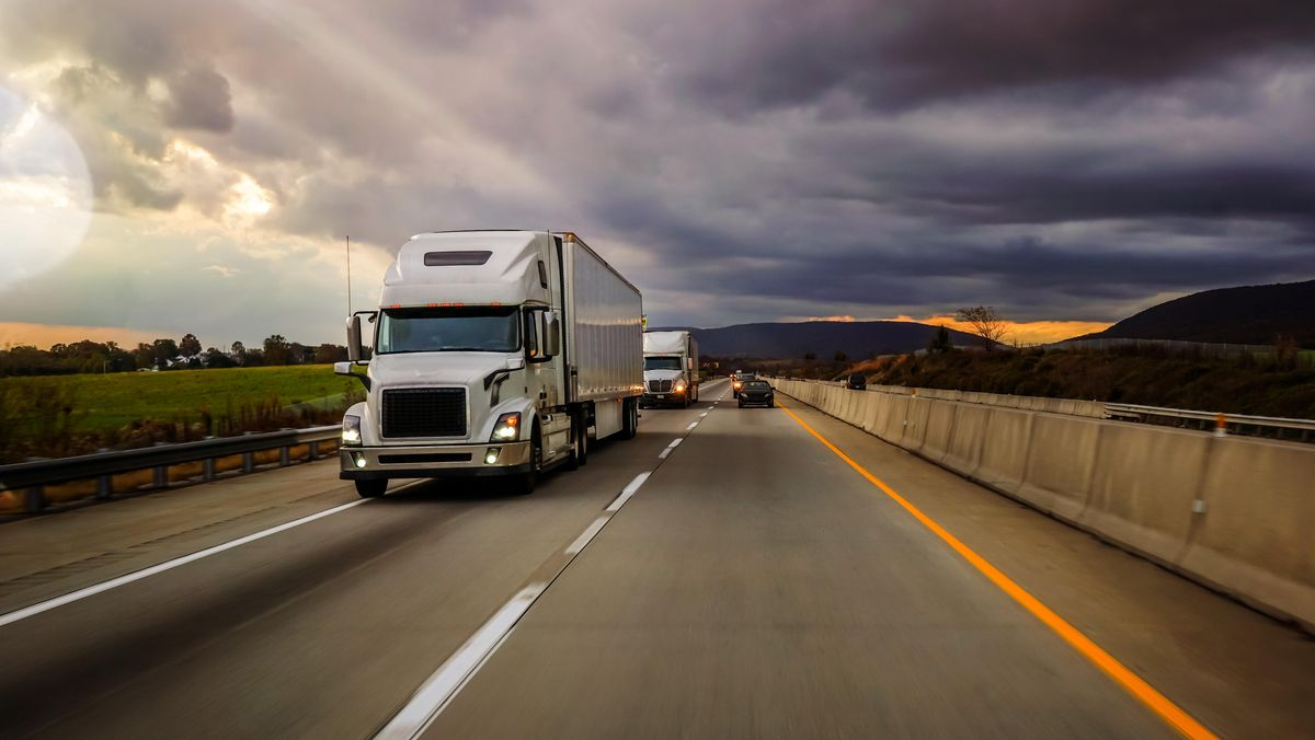 U.S. States Are Allowing Automated Follower Truck Platooning While The Swedes May Lead In Europe