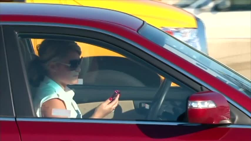 HB 1070 cracks down texting and driving, the bill has support from some in town.