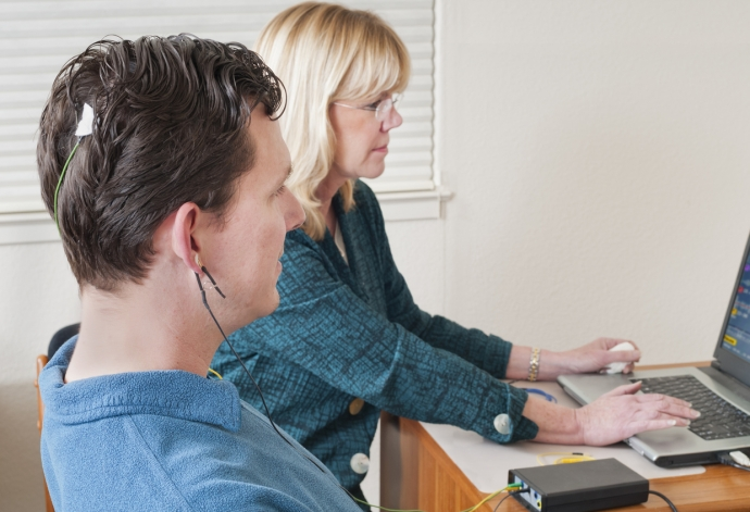 How to Use Biofeedback and Neurofeedback for Chronic Pain