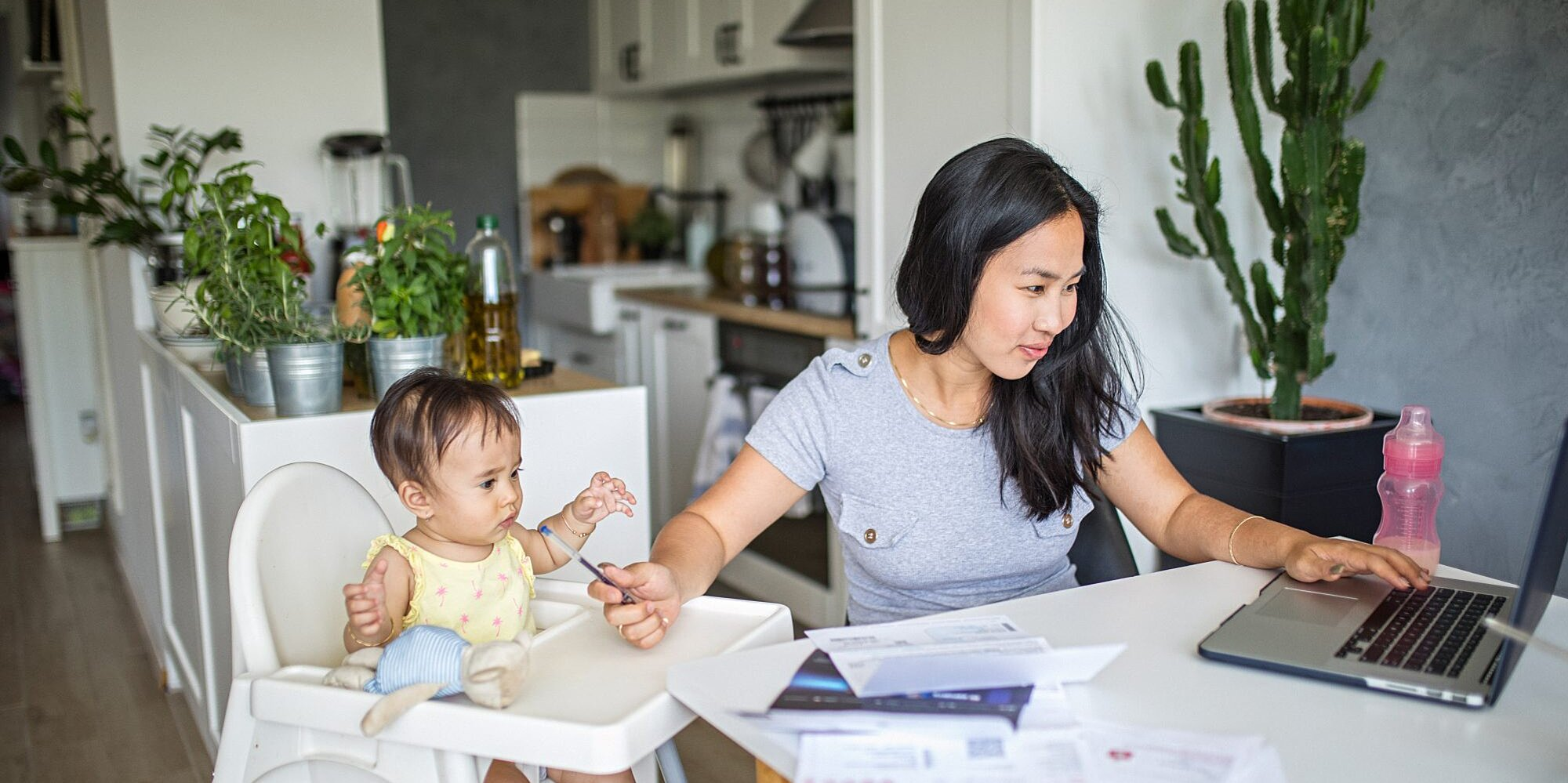 10 Surprising Pandemic-Safe Ways Parents Can Make Extra Money From Home