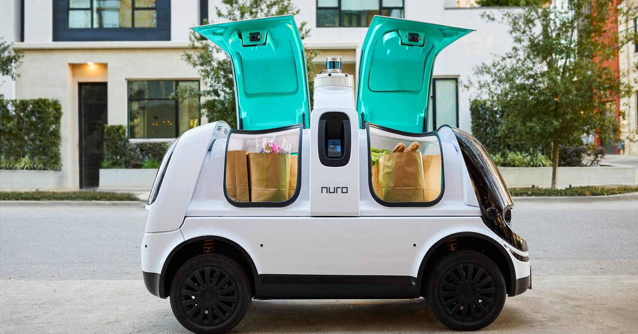 This Vehicle Has No Side-View Mirrors—and It's Legal