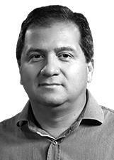 Candidato Simplício Araújo 7777