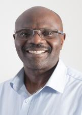 Candidato Adebayo Majaro 3601