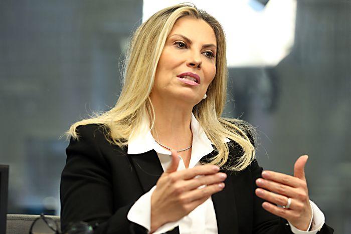 """Cida diz que """"onda Bolsonaro"""" e prisão de Richa influenciaram eleição"""