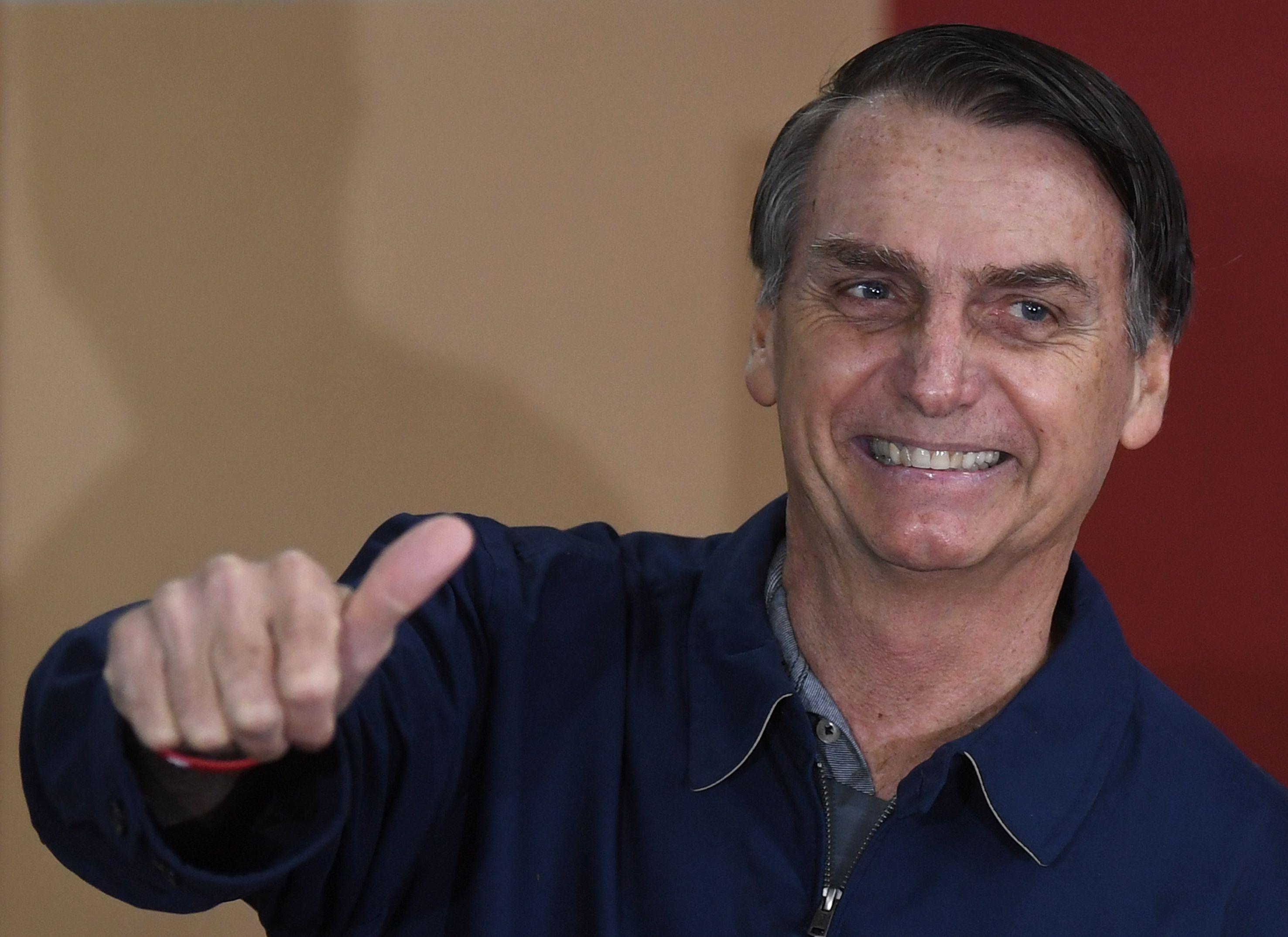 Bolsonaro puxa partidos nanicos de forma inédita nos governos dos estados