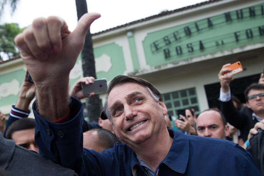 Nem aliança de centro-esquerda derrota Bolsonaro, dizem analistas