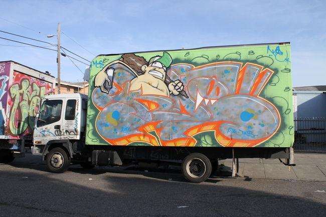 Piece Par Mesnger - Oakland (CA)