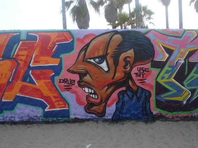 Personnages Par Drue - Los Angeles (CA)