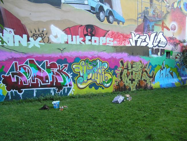 Fresques Par Cik, Lodek, Fleck, Nek - Berlin (Allemagne)