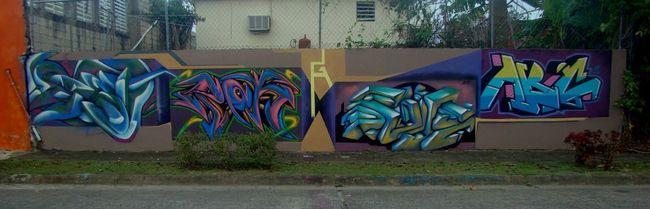 Street Art Par Dent 2 (gsc...bna...kts), Bret 787, Pok Gsc, Abc Gsc - Caguas (Porto Rico)